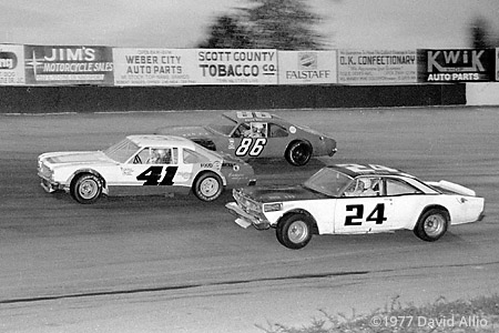 Kingsport Intl Speedway 1977 Bobby Hall Jack Hill
