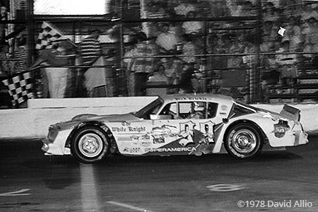 Fairgrounds Motor Speedway 1978 Dick Trickle Joe Shear