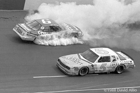 Bristol Intl Raceway 1988 Geoffrey Bodine Bill Elliott