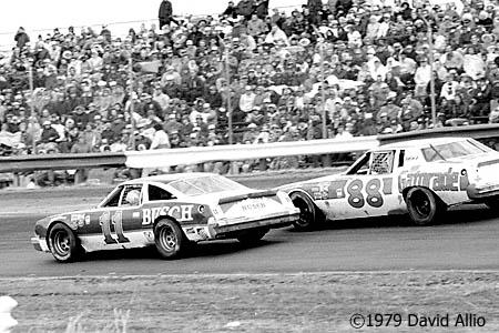 Richmond Fairgrounds Raceway 1979 Cale Yarborough Darrell Waltrip NASCAR