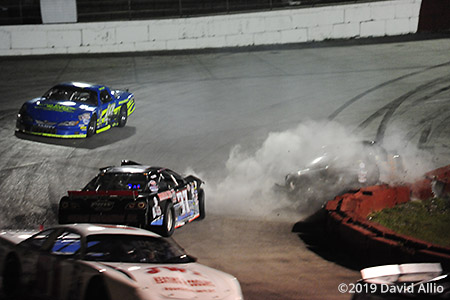 Kingsport Speedway 2019 Tanner Brookshire (55) Ford Mustang Alex Miller (37) Chevrolet Impala SS crash