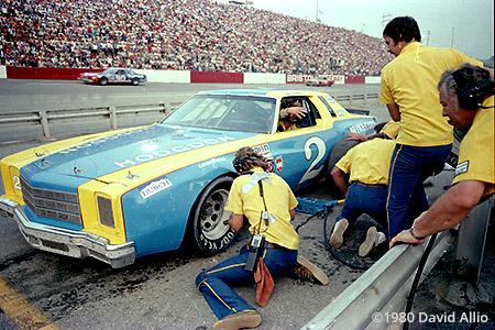 Bristol Intl Raceway 1980 Dale Earnhardt