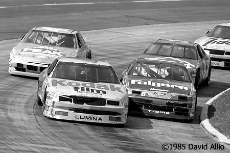 Martinsville Speedway 1990 Ernie Irvan Mark Martin