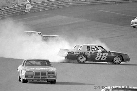 Phoenix Intl Raceway 1981 John Kieper spins