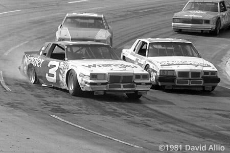 Martinsville Speedway 1981 Dale Earnhardt Richard Childress Racing (RCR) Pontiac Grand Prix races on a right rear rim