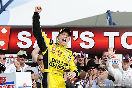 Las Vegas Motor Speedway 2011 Mark Martin