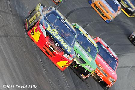 Kentucky Speedway 2011 Steve Wallace Kyle Busch Justin Allgaier Kasey Kahne
