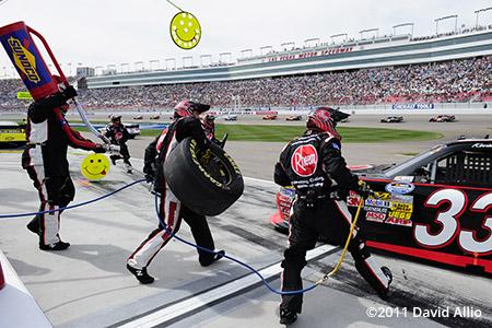 Las Vegas Motor Speedway 2011 Kevin Harvick