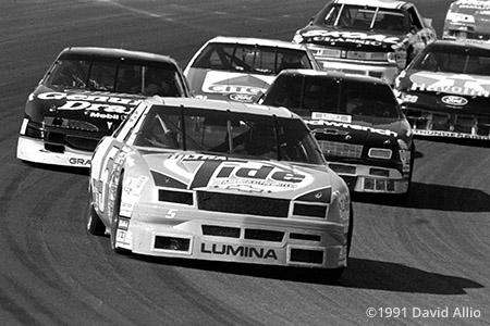 Phoenix International Raceway 1991 Ricky Rudd Chevrolet Pyroil 500 NASCAR Winston Cup Series